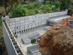 土留用型枠ブロック擁壁で土地の有効活用