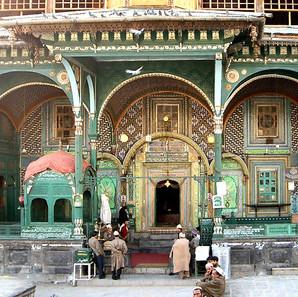 mosque-srinagar-old-city.jpg