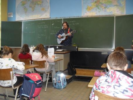 """""""Chante en français"""" avec le professeur """"Jack"""" en p5 et p6"""