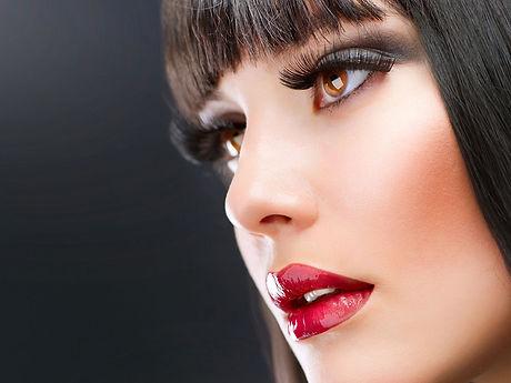 Pro-Makeup-Art-School-bkgd-redlips.jpg