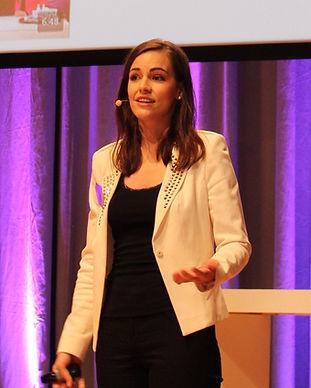 Marketing- und Kommunikationsexpertin, Direktvertriebsspezialistin und Moderatorin