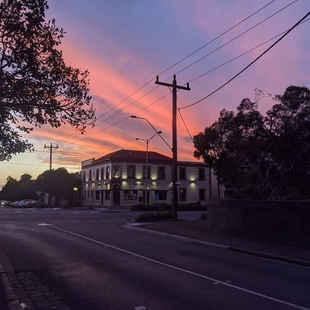 Railway Hotel - South Melbourne