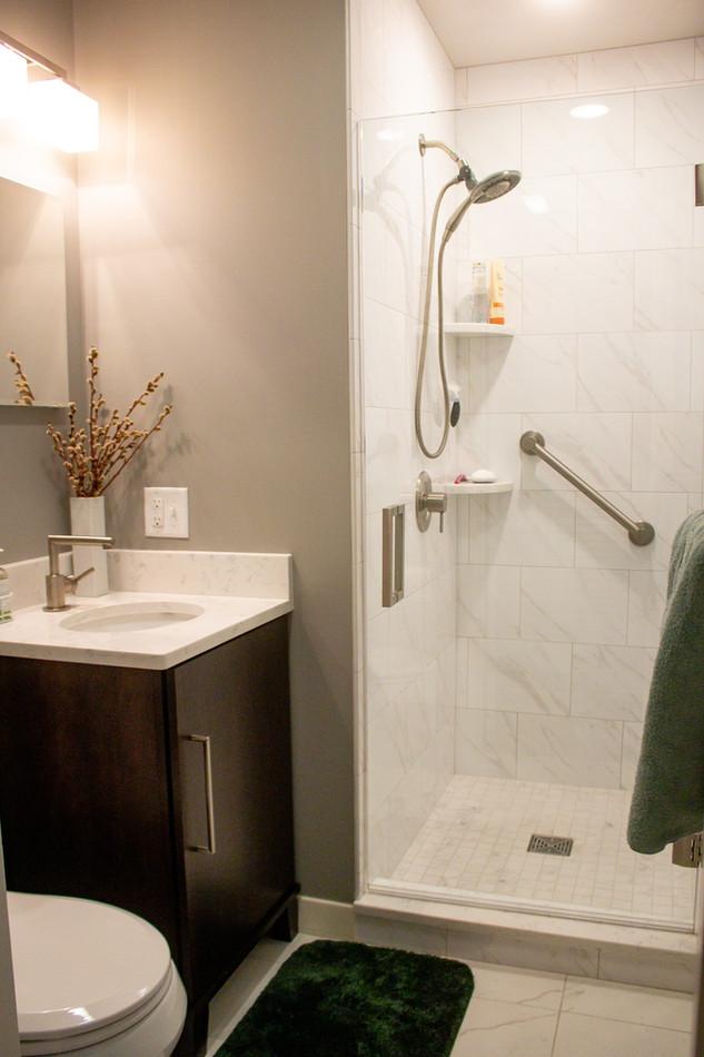 Contemporary Main Bath