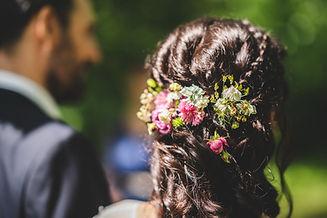 květy do vlasů, nevěsta
