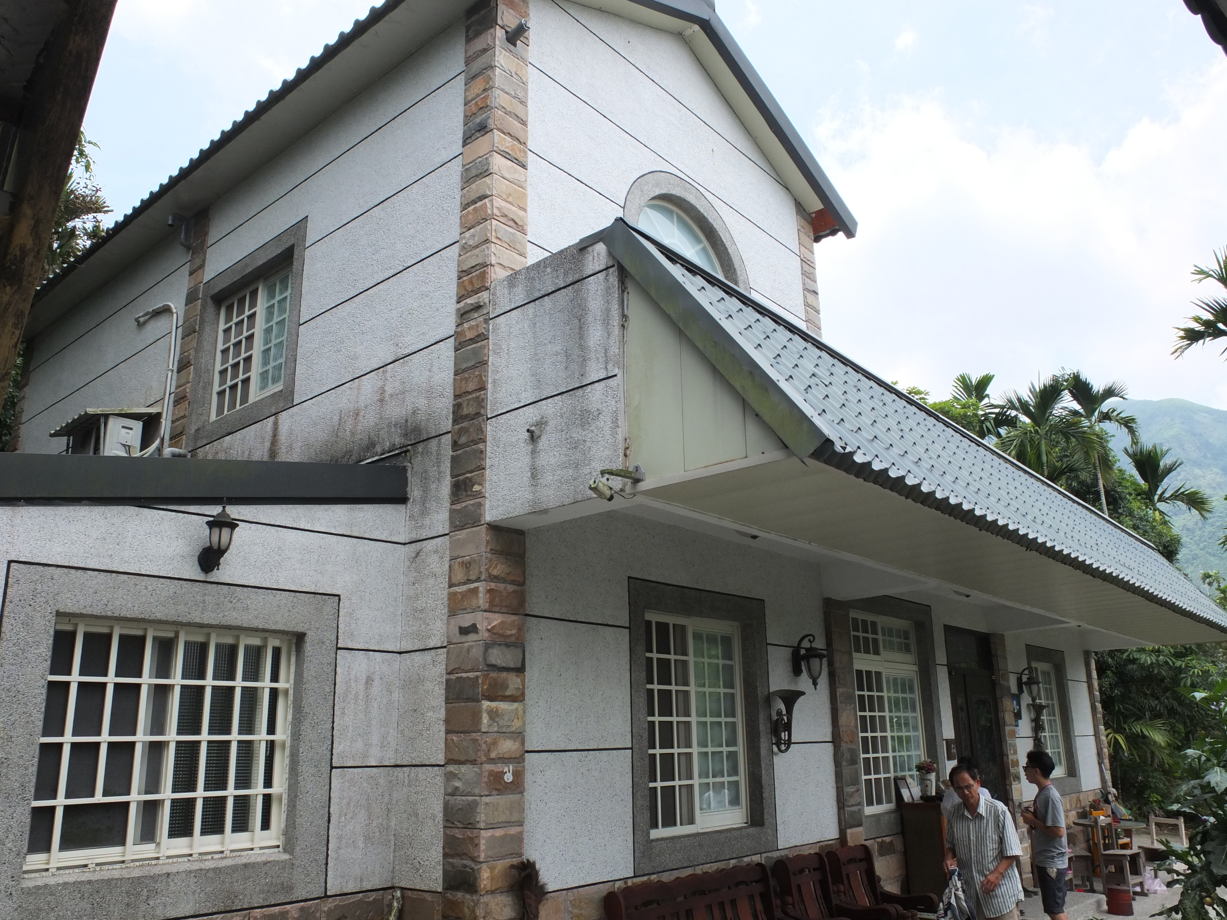 豐勝家園民宿-左側2