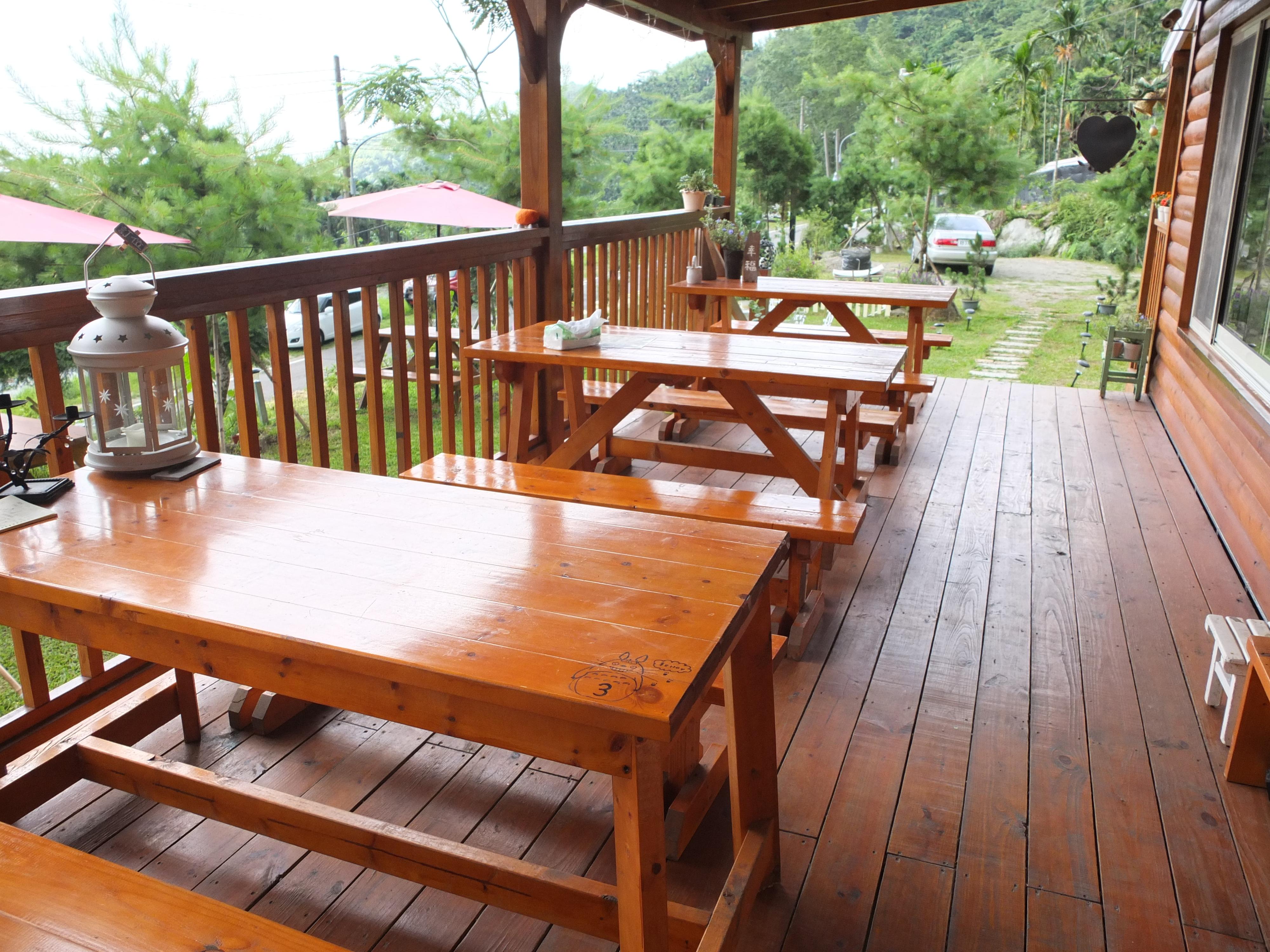 幸福檜木屋民宿-室外座位