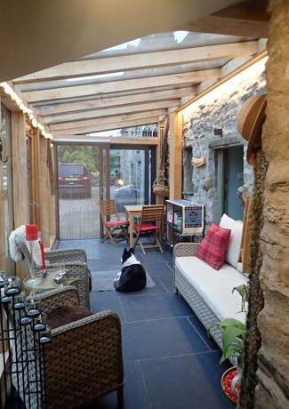garden_room_interior_2.jpg