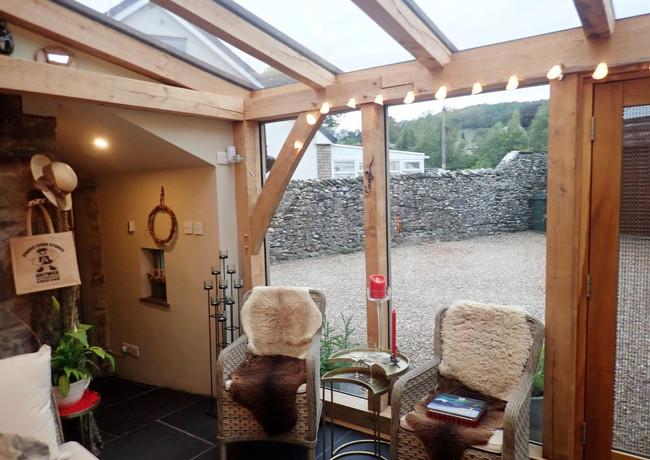 garden_room_interior.jpg