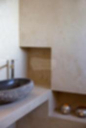 Πατητή τσιμεντοκονία στο μπάνιο
