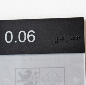 Kopfpaneel Braille  Tiara.png