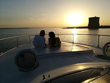 Cena-Romantica-con-Pernottamento-in-Barc