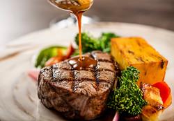 BVRanche_steak with sauce
