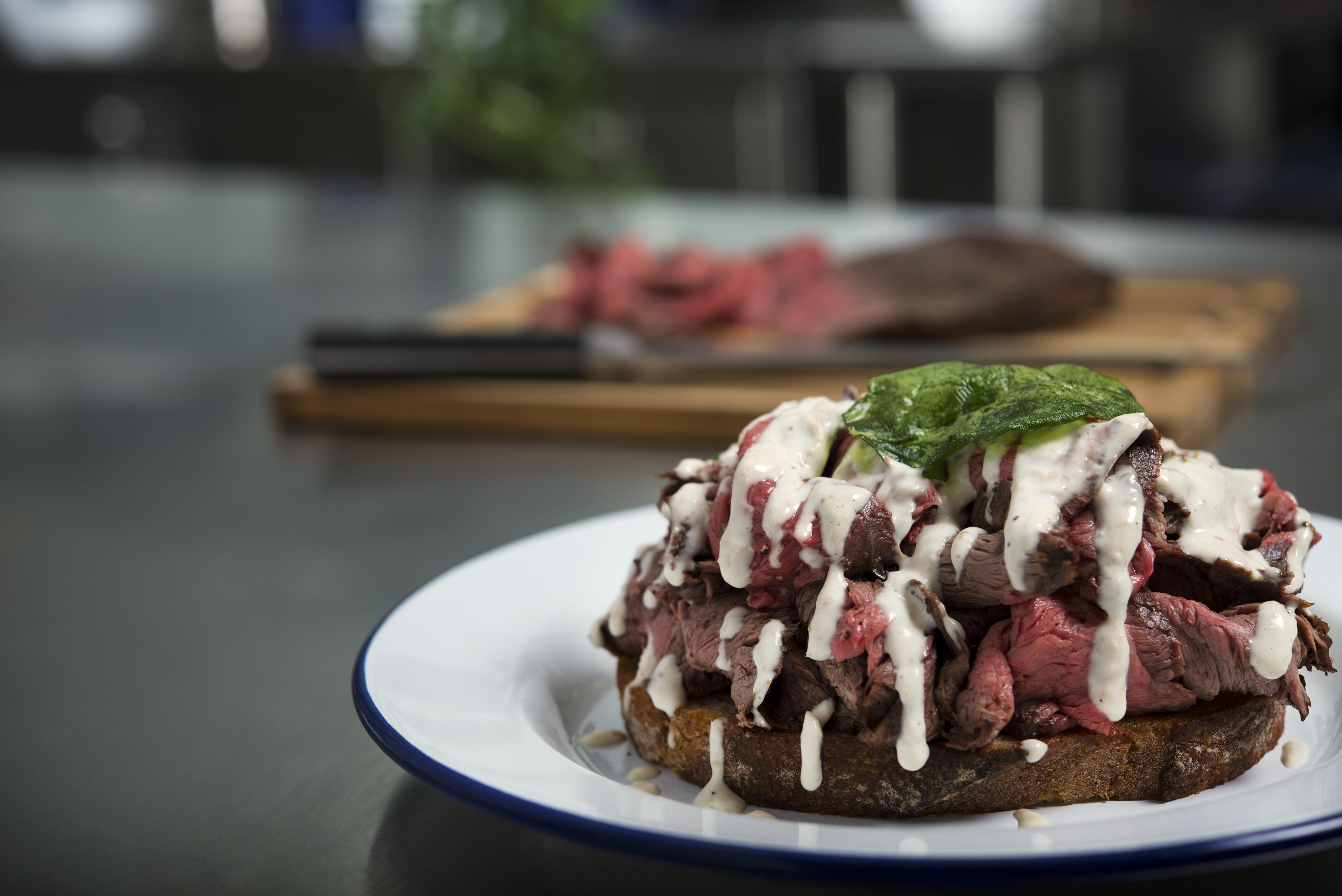 Social Eatery_roast beef