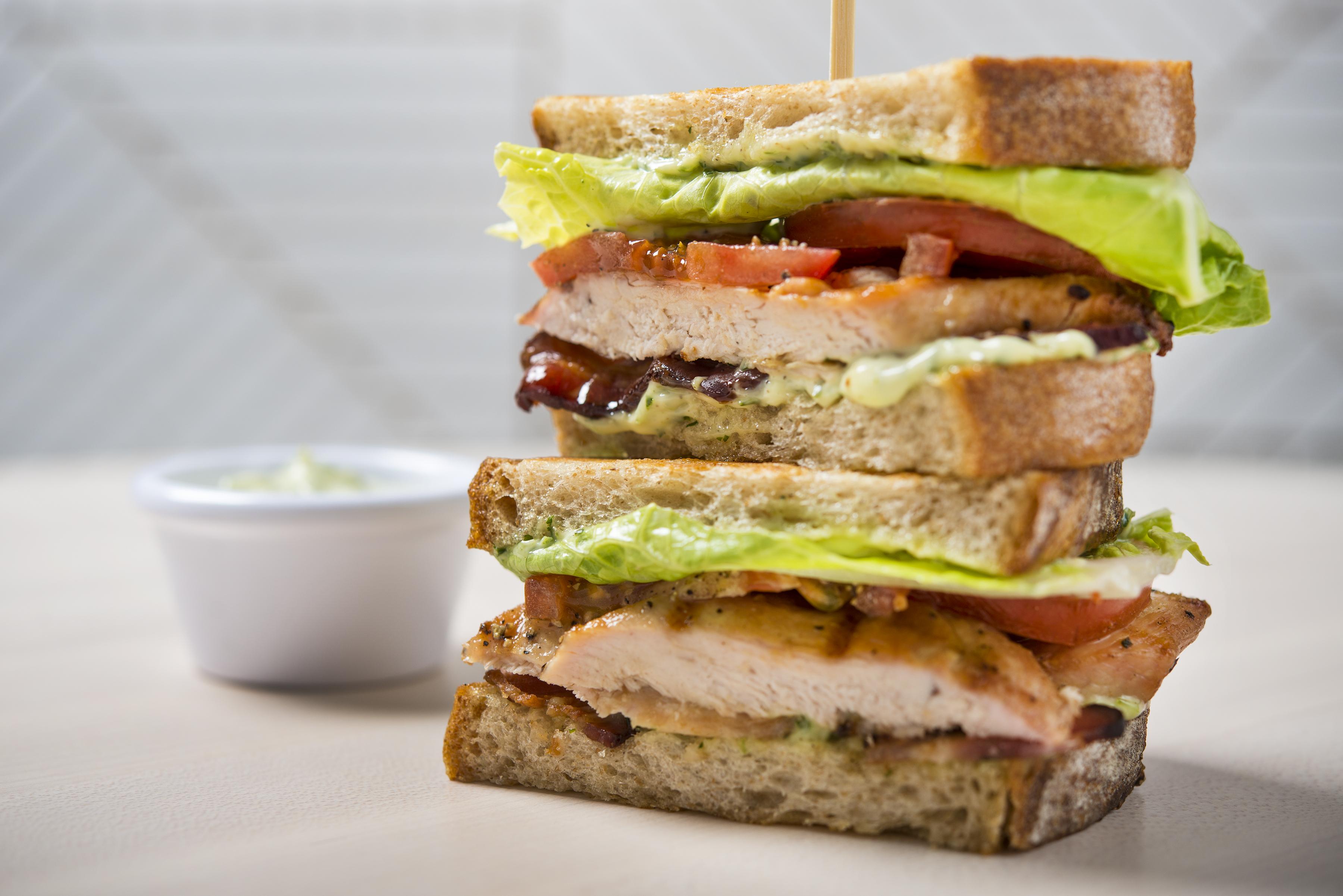 Social Eatery_club sandwich