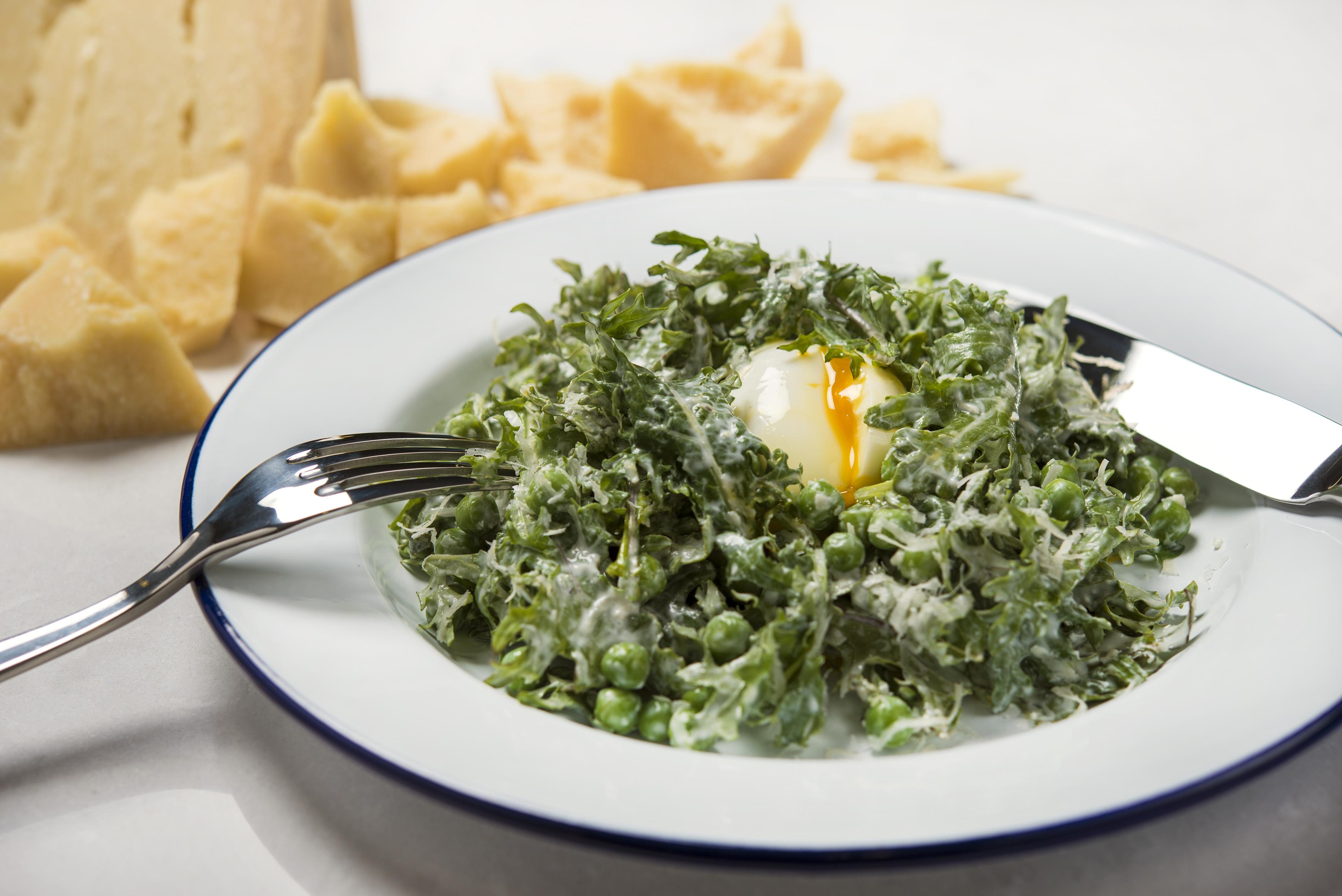 Social Eatery_kale caesar egg
