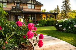 BVRanche entrance & flowers