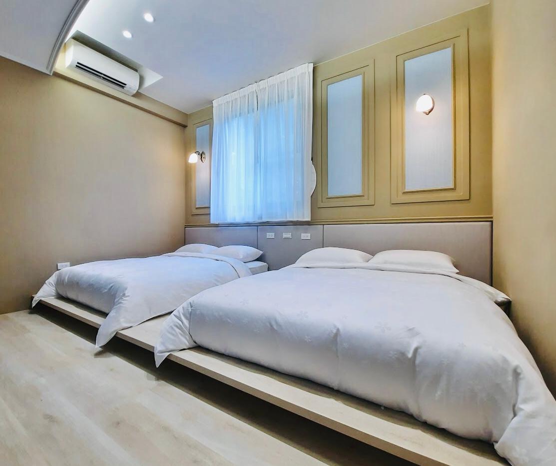雅典娜雙人雙大床房
