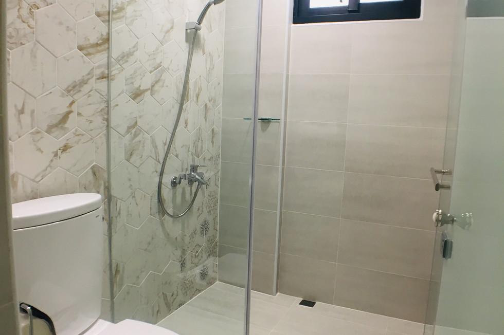 雅典娜浴室