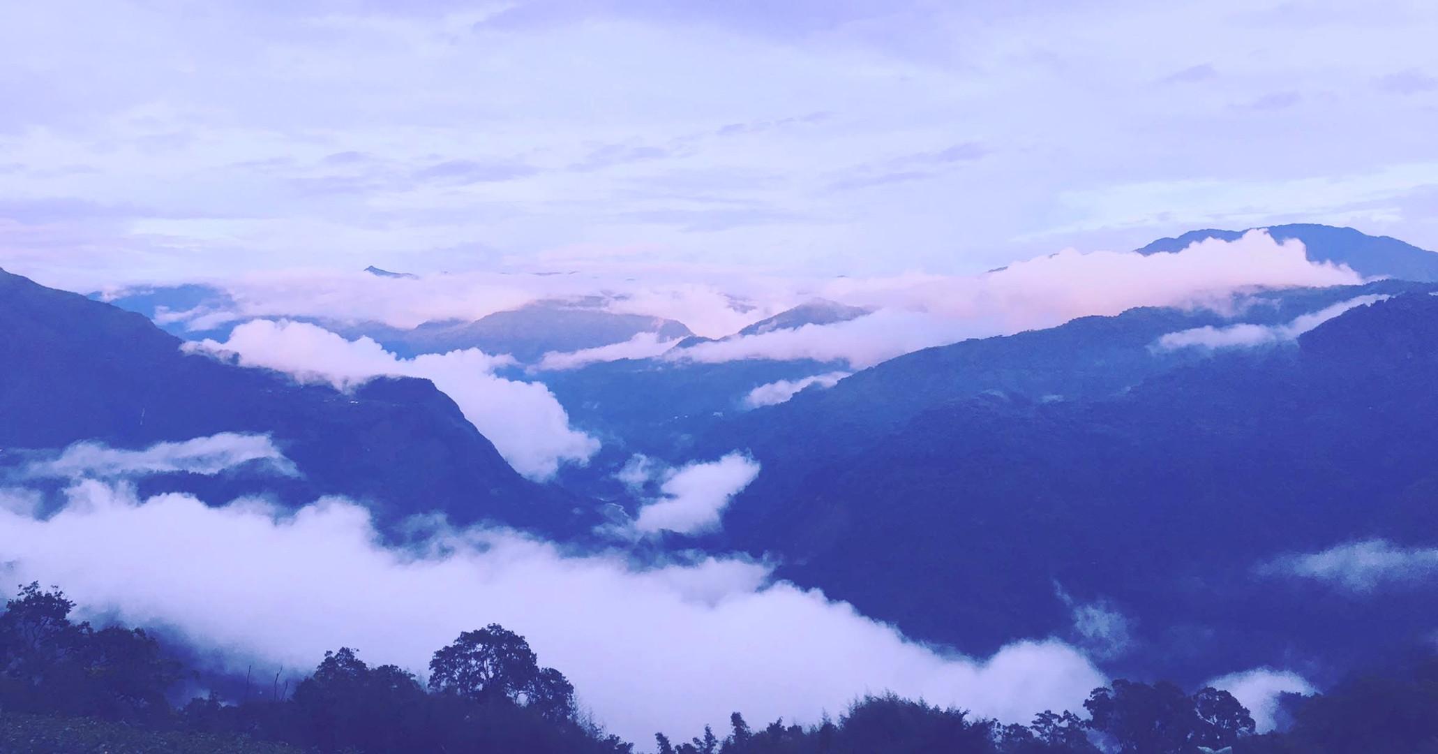 美麗的山景