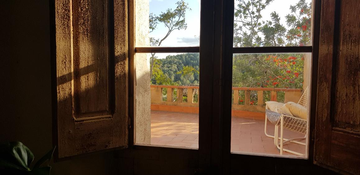 door to terrace
