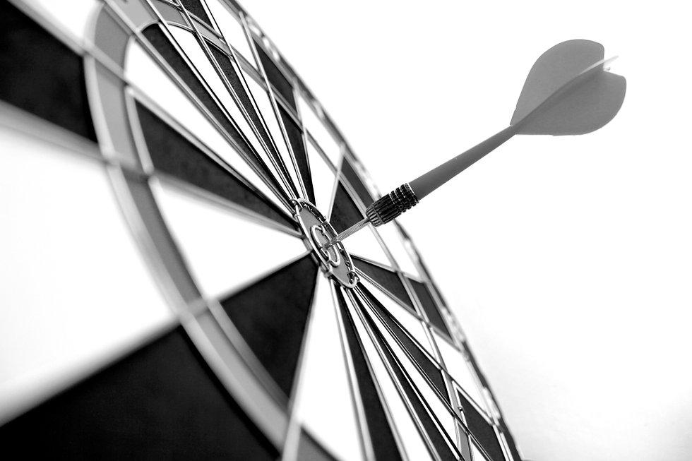 darts-bullseye-target-practice-target-ma