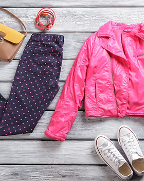 pink-jacket-with-dotted-trousers-P7E25XR