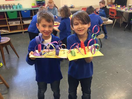 Kinder: 3D Line Sculptures