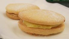 Lemon Curd Sandwich Cookies