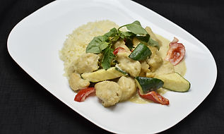 Thai Curry Chicken black 4_Lai Edited.jp
