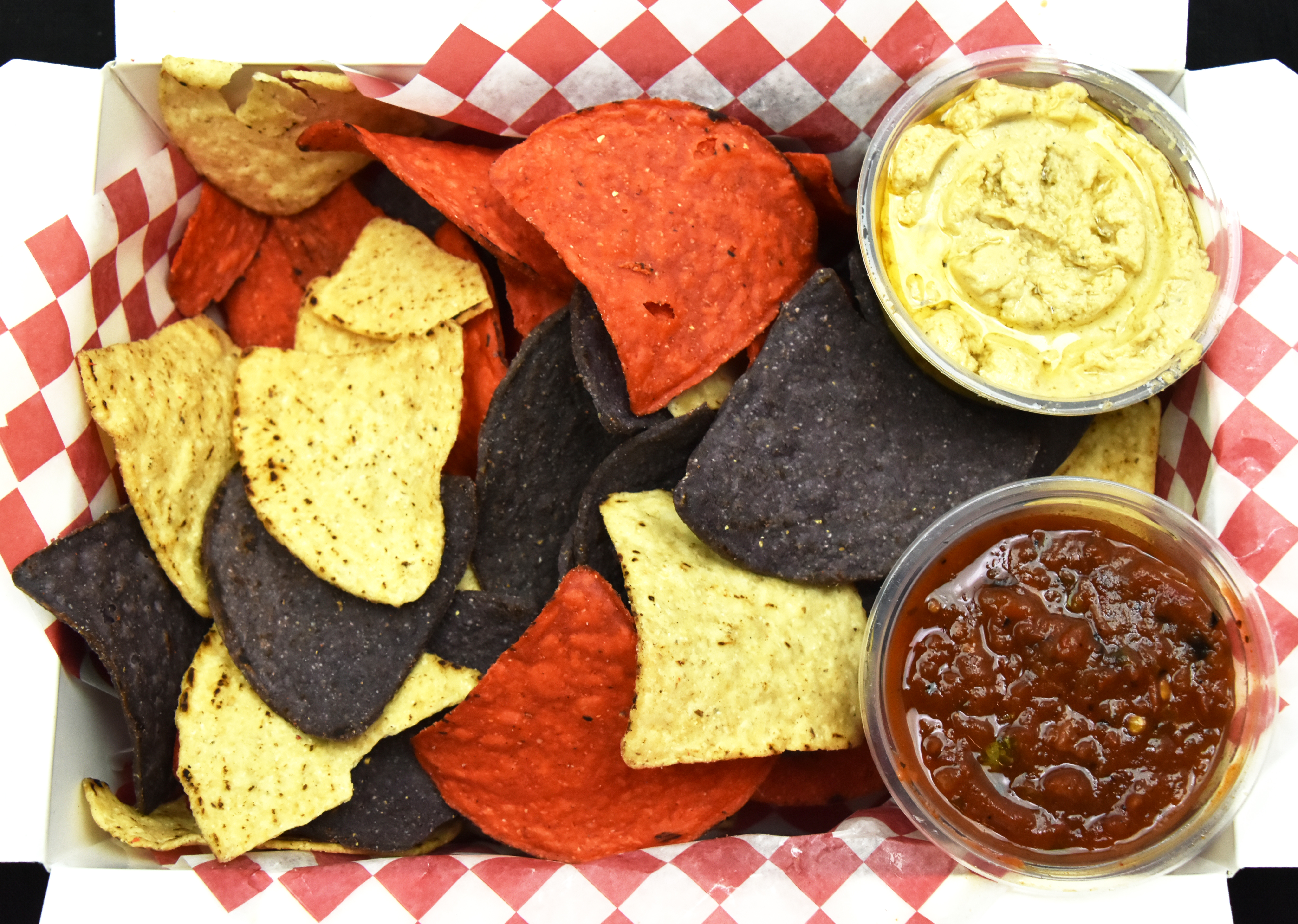 Tortilla Chips with Salsa & Hummus8_Lai