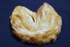 Butter Palm Leaf