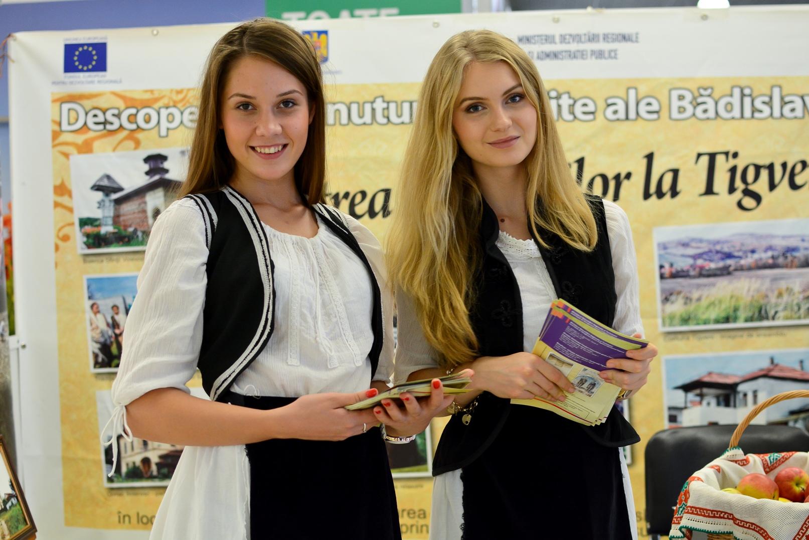 Hostess+Constanta+-+promovare+turistica+(2).JPG