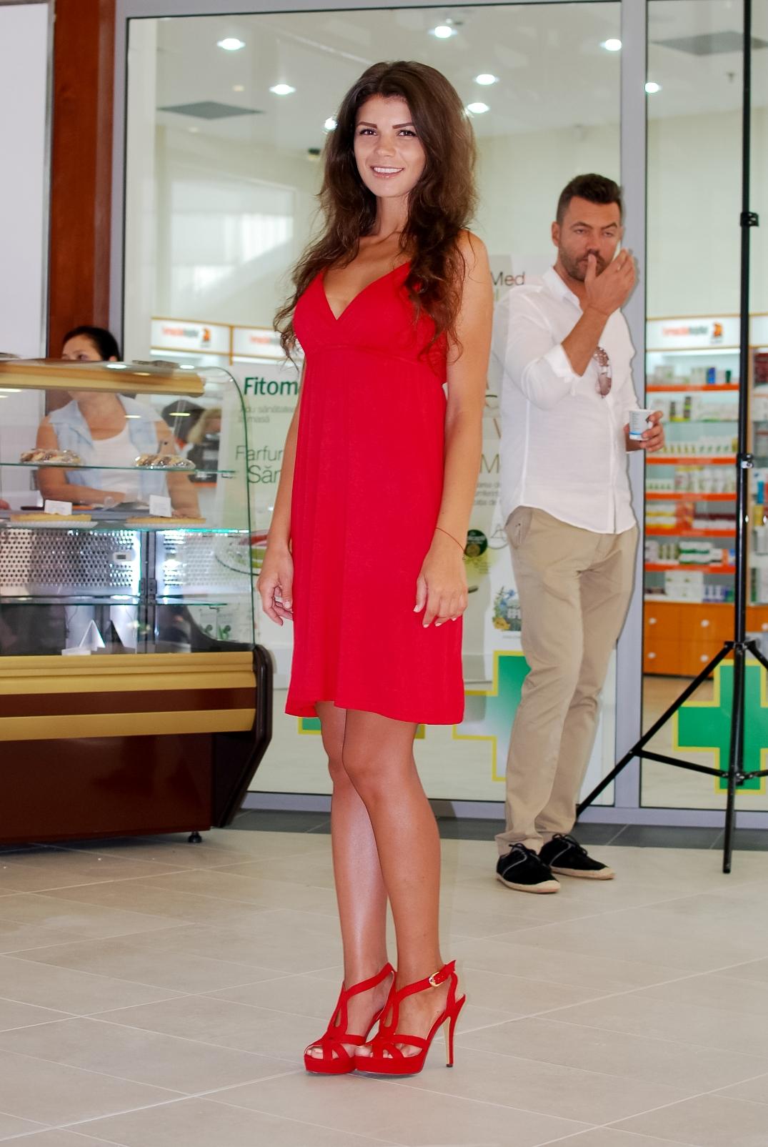 Hostess+Constanta+Inaugurare+Cora+(3).JPG