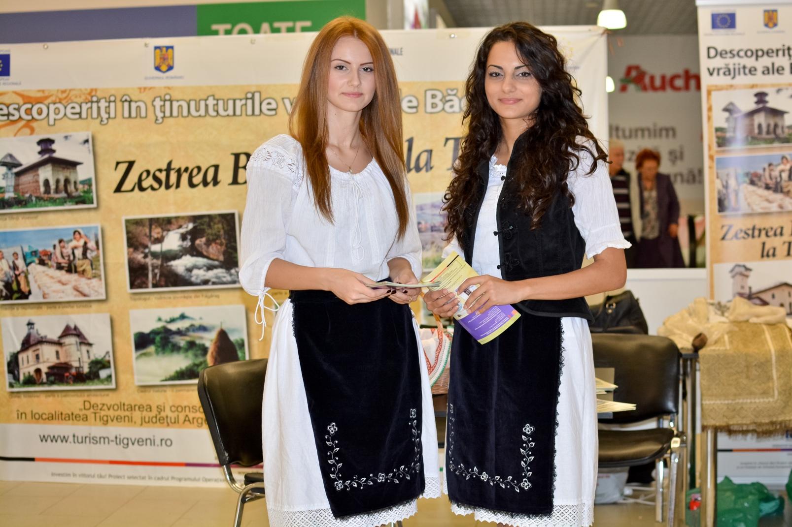 Hostess+Constanta+-+promovare+turistica+(7).JPG