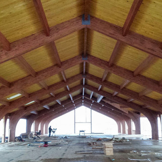 TUDOR ARCH ROOF W/ PURLINS AND DECKING
