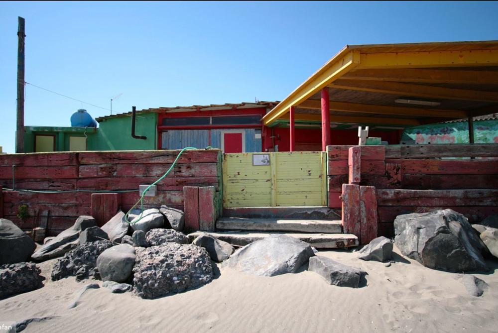 abandoned-ostia-beach-anca-rafan.jpg