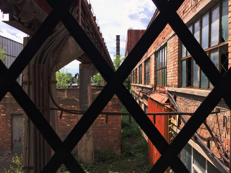 abandoned-factory-3-romania-anca-rafan.j