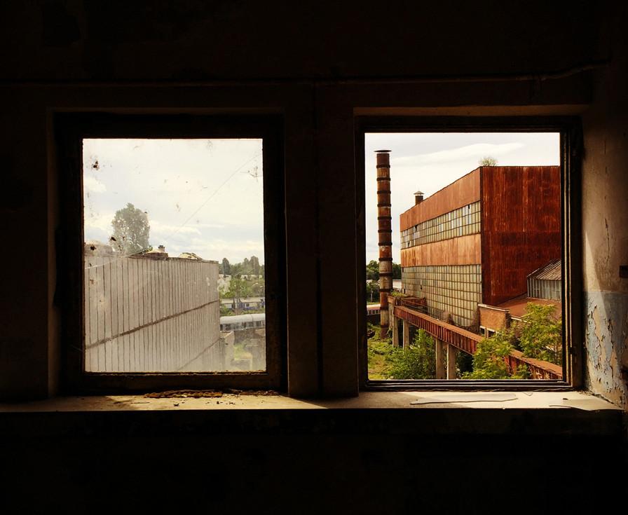 abandoned-factory-4-romania-anca-rafan.j