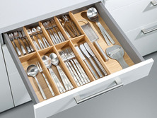 Insert for cutlery and cooking utensils, natural oak