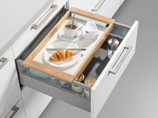 Pull-out with wooden tray