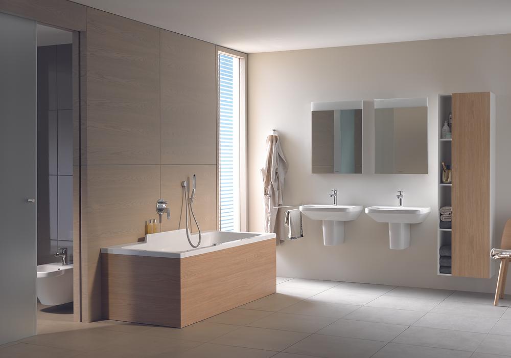 wooden bathroom design idea with bathtub and storage unit