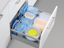 Pull-out with crosswise and lengthwise divider