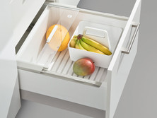 Pull-out with pantry box