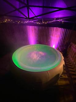 Hot Tub 2.jpg