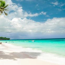 beaches providencia.jpeg