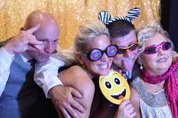 sweet 16 photo booth - weding photo booth - holiday party photo booth -