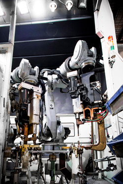 Twin Robot Spot Welders