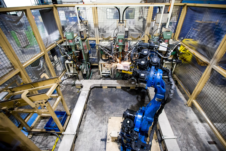 Robotic Projection Welding