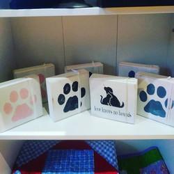 Pet Love shelf sitter blocks from Signs