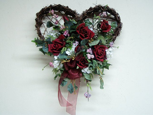 Heart Wall Basket